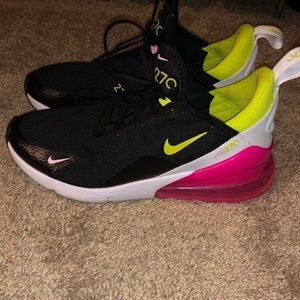 Nike Air 270's